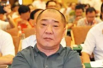 热烈祝贺龙发装饰集团王显董事长 当选中国建筑装饰协会第八届理事会副会长